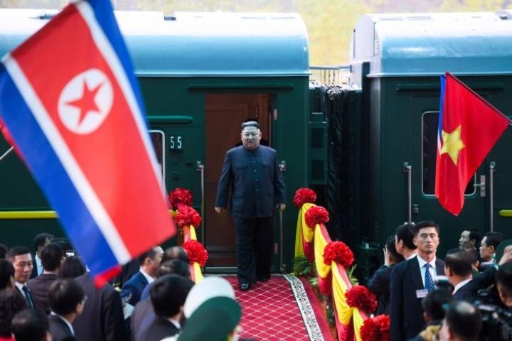 Pohjois-Korean johtaja Kim Jong-un ja Yhdysvaltain presidentti Donald Trump tapaavat Vietnamin Hanoissa keskiviikkona.