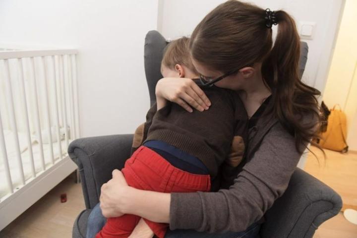 Lapsiperheiden vanhempien mahdollisuudet työnajan joustoihin ja etätöiden tekemiseen ovat parantuneet 2010-luvulta, käy ilmi tuoreesta barometristä. LEHTIKUVA / VESA MOILANEN