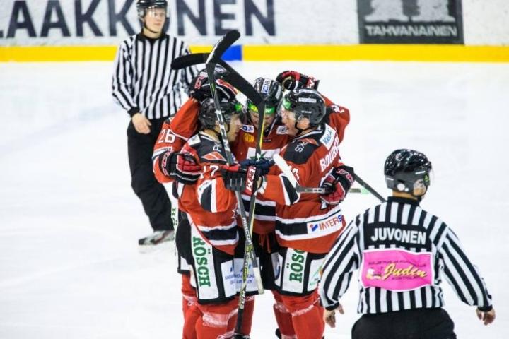 Teemu Väisänen teki ottelun voittomaalin.
