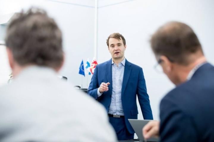 Maakunnan kuntatalousselvityksen työrukkasena oli Nurmeksen kaupungin talousjohtaja Jussi Sallinen. Samoilla pohjilla on Sallisen mukaan tehty myös Nurmeksen ja Valtimon liitokseen yhdistymiseen liittyviä selvityksiä.