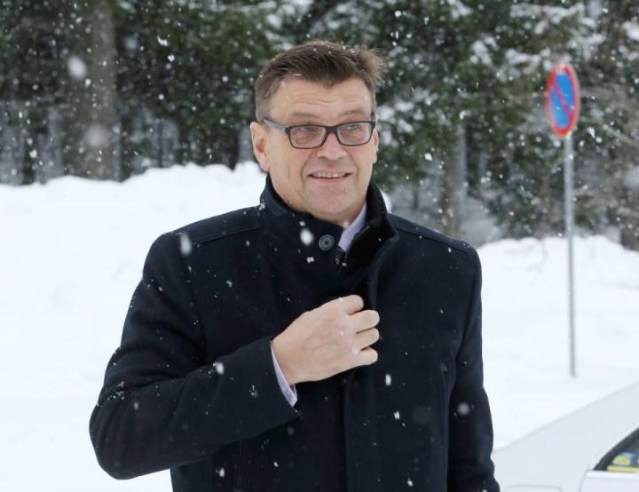 Valtakunnansyyttäjä Matti Nissinen on tyytyväinen syyttäjän toimintaan Itä-Suomessa. Hän kävi syyttäjänviraston Joensuun palvelupisteellä yllätysvisiitillä helmikuussa, sillä tänä vuonna Joensuusta eläköityy kaksi pitkän uran tehnyttä syyttäjää.