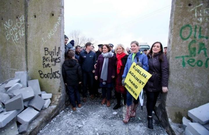 Irlannin rajasta on tullut yksi Britannian EU-eron kiperimmistä kysymyksistä. LEHTIKUVA/AFP