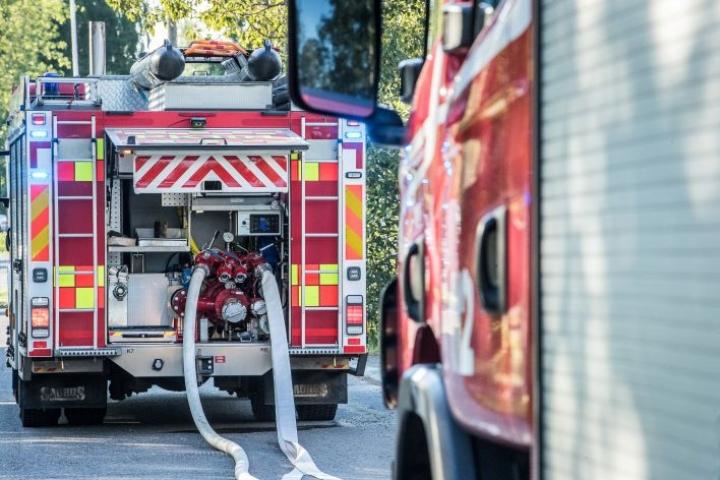Pohjois-Karjalan pelastuslaitos polttaa harjoitusmielessä vuosittain noin kymmenen omakotitaloa.