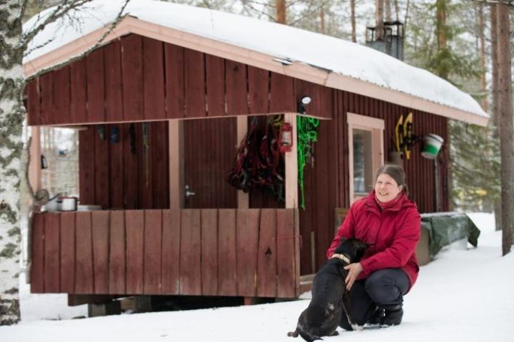 Tässä mökissä Eliisa Kiiskinen vietti talven ja viihtyi hyvin.