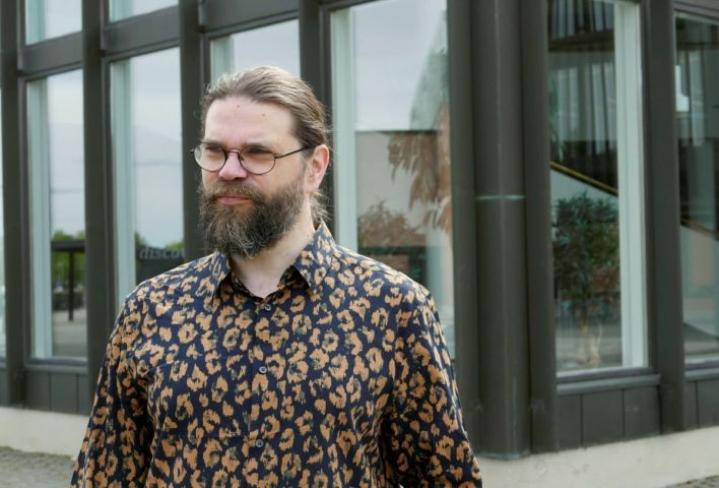 Pekka Metso on työskennellyt 20 vuotta yliopiston leivissä ja näkee, että kriiseissä pitää keskittyä asioihin, ei ihmisiin.