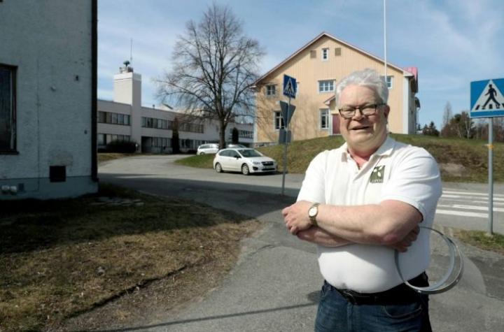 Juha Kosonen on ollut ikänsä liperiläinen. Kalastus ja pesäpallo ovat 60-vuotiaan intohimoja.