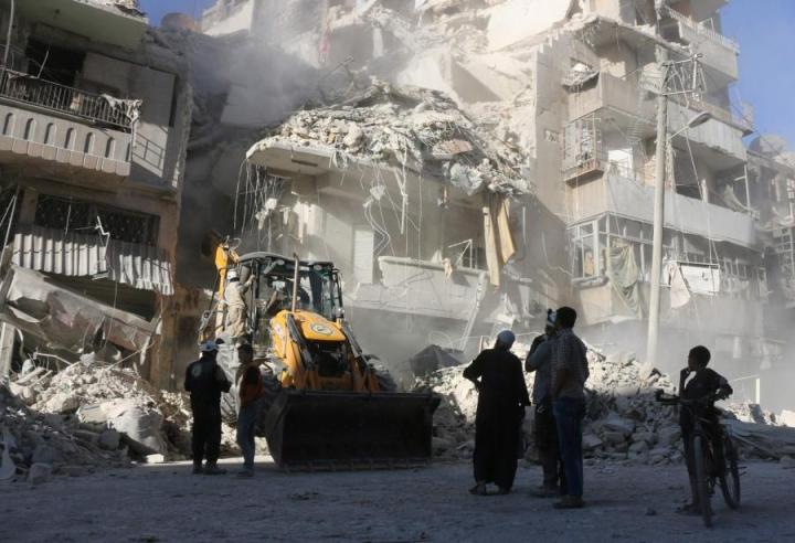 Viime päivien ilmaiskuissa Aleppoon on kuollut yli sata siviiliä. LEHTIKUVA / AFP
