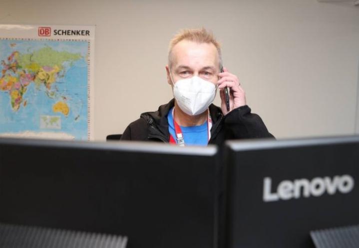 Veli-Matti Moilanen oli ennen koronaviruksen toteamista lähikontaktissa useiden työkavereidensa sekä perheenjäsentensä kanssa.