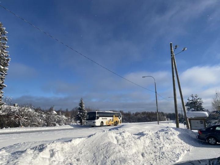 Luminen talvimaisema Pyhäselän Honkavaaralta 16. helmikuuta.