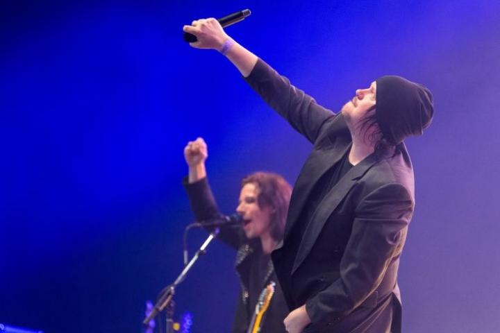 Joensuulaislähtöinen Happoradio esiintyi Tähtiteltassa perjantai-iltana.