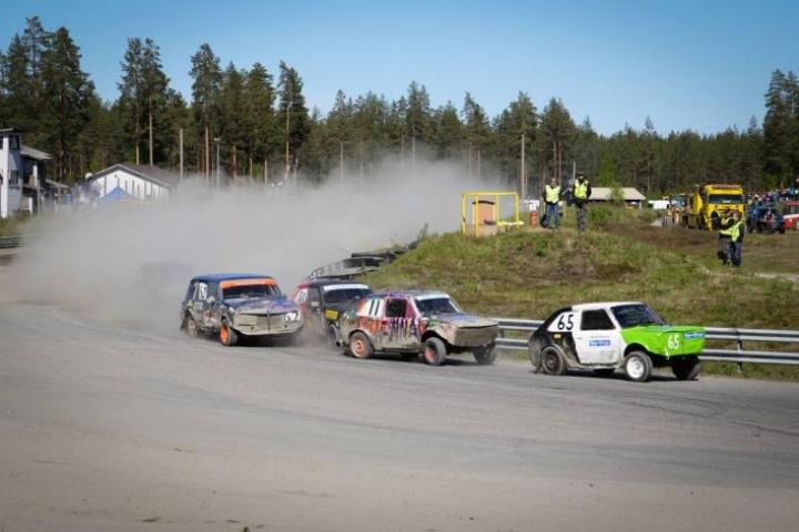 Joensuun Urheiluautoilijoilla oli laaja edustus A-finaalissa. Voiton vei Heikki Huovinen (65).