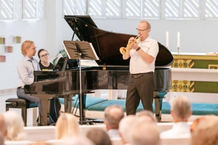 Jouko Harjanne viime vuoden Vaskiviikon avajaiskonsertissa.