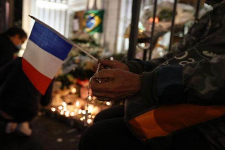 Hyökkääjän lisäksi kiinni on otettu yhteensä viisi muuta ihmistä. LEHTIKUVA/AFP