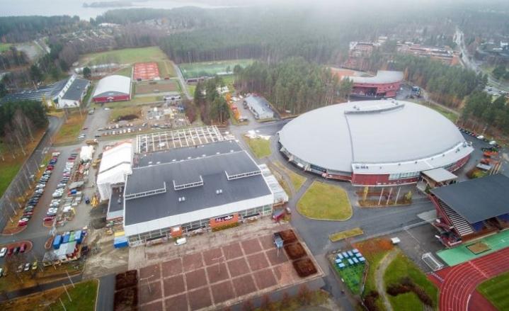 Uusi palloiluhalli tulee jäähallien ja tenniskenttien väliin Mehtimäelle.