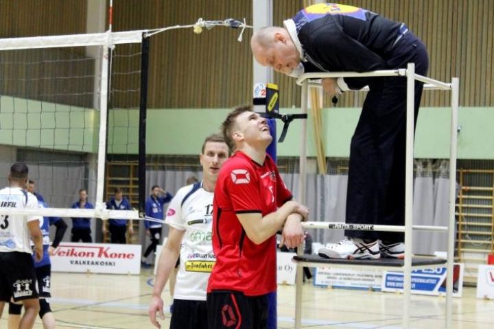 Kapteeni Joni Savimäki (Riento) ja Joni Mikkonen (Akaa-Volley) olivat isossa roolissa.