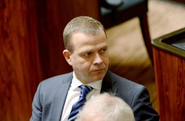 Kokoomuksen puheenjohtaja Petteri Orpo muistuttaa, että budjetti on rakennettava sen varaan, että brexit toteutuu. LEHTIKUVA / Mikko Stig