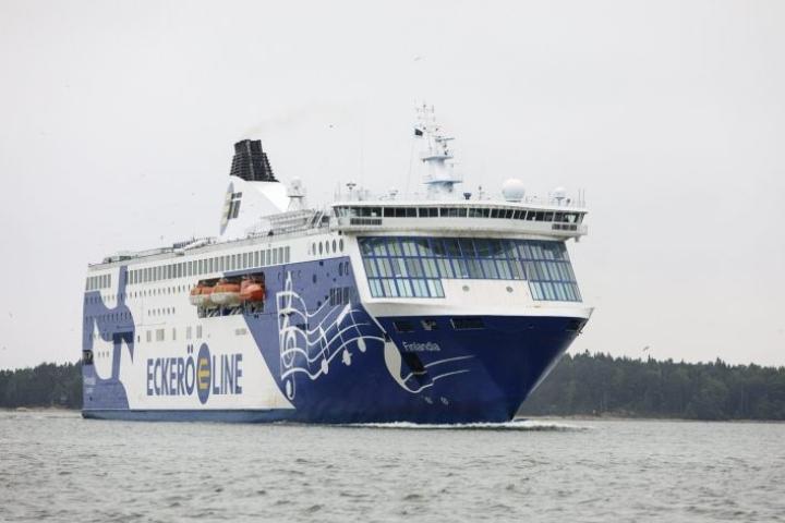 Alus tulee liikennöimään päivittäin kaksi edestakaista vuoroa Helsingin Vuosaaren ja Tallinnan A-terminaalin välillä. LEHTIKUVA / RONI REKOMAA