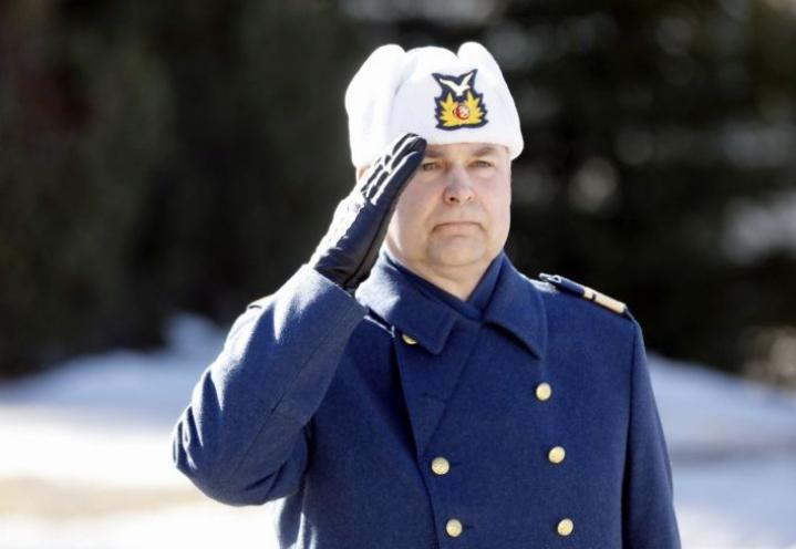 Pasi Jokinen on 21. Ilmavoimien komentaja. LEHTIKUVA / HANNU RAINAMO
