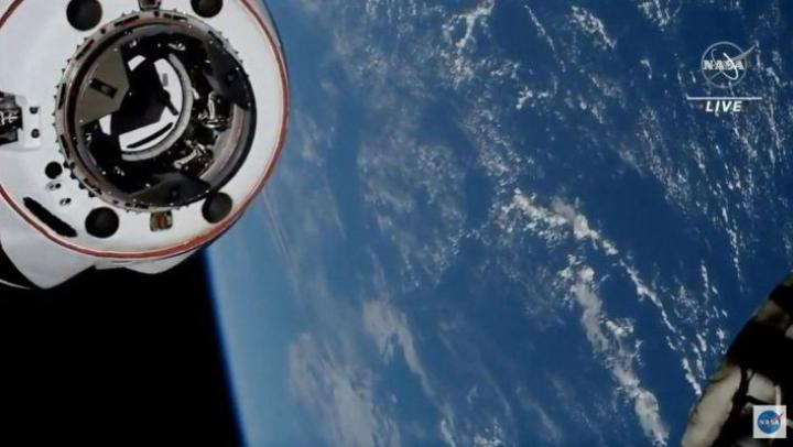Avaruusasemalle jäi edelleen seitsemän ihmistä. Lehtikuva/AFP