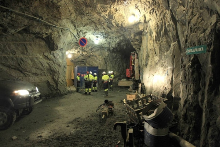 Ilomantsissa kultaa kaivava Endomines listautui Helsingin pörssiin. Tukholman pörssiin yritys on ollut listattuna viime marraskuusta alkaen.