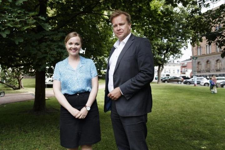Keskustan puheenjohtajaehdokkaat ovat Katri Kulmuni ja Antti Kaikkonen.
