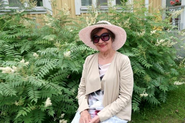 - Olen maailman onnellisin ihminen nyt palattuani Suomeen, Seija Mansikkavaara tuumii.
