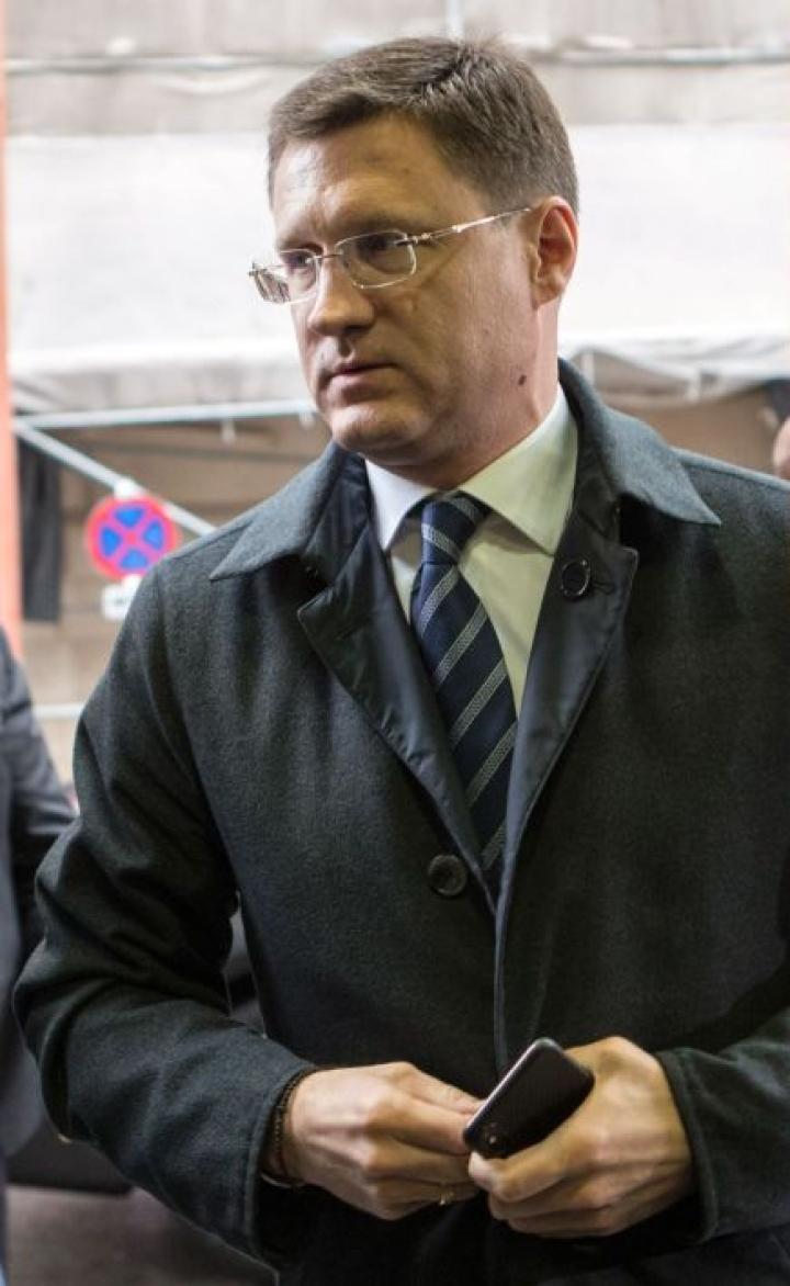 Venäjän energiaministeri Alexander Novakin mukaan Venäjä ei sulje ovia yhteistyölle öljyntuottajamaiden järjestö Opecin kanssa, vaikka sopua Opecin ehdottamista tuotannon leikkauksista ei syntynyt. LEHTIKUVA/AFP