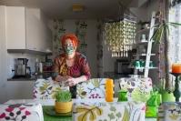 Kuvat: Värikkäät yksityiskohdat ja kotimainen lasitaide antavat ilmeen joensuulaisen Tuija Hännisen, 63, kodille