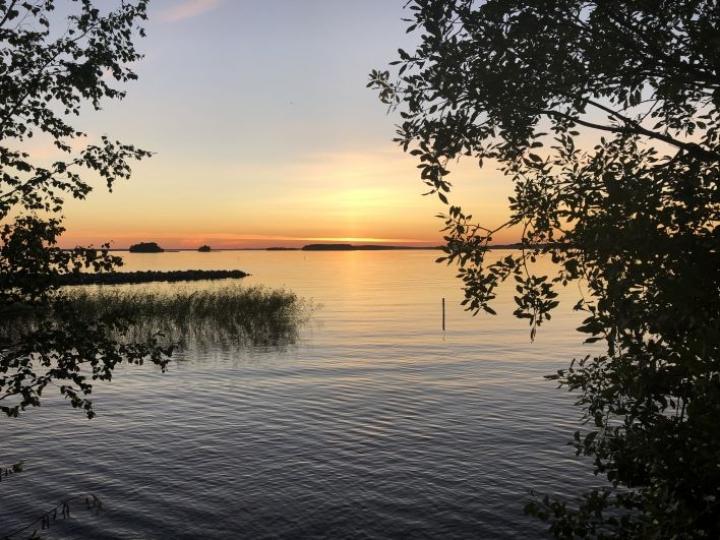 Auringonlasku Pyhäselällä 7. elokuuta vuonna 2020.