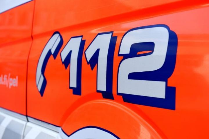 Kolarissa oli osallisena kaksi henkilöautoa ja moottoripyörä, jonka kuljettaja oli yksi kolmesta onnettomuudessa kuolleista. LEHTIKUVA / Martti Kainulainen