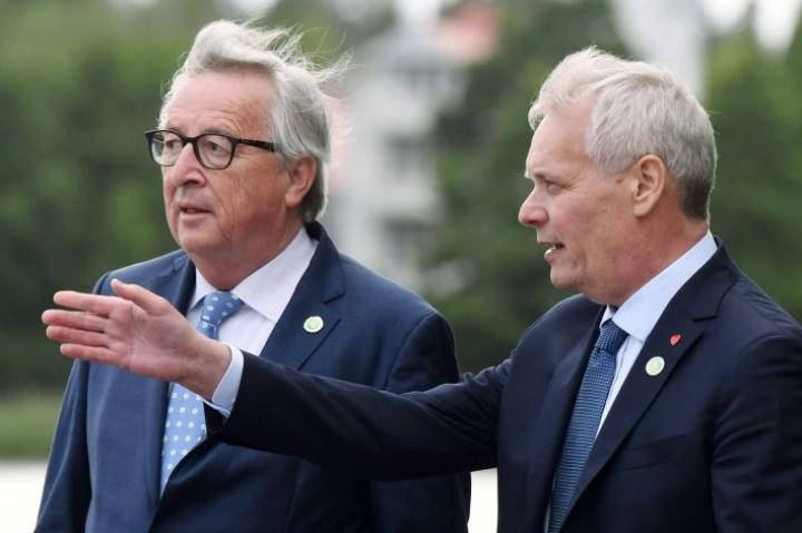 Euroopan komission puheenjohtajana toiminut Jean-Claude Juncker ja Suomen entinen pääministeri Antti Rinne (sd.) Helsingissä kesällä 2019. LEHTIKUVA / JUSSI NUKARI