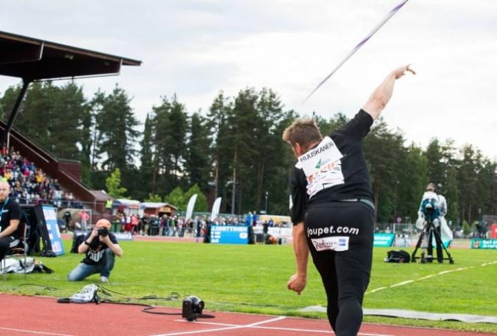 Keihäänheittäjä Antti Ruuskanen kilpaili viime kesänä Joensuun GP-kisoissa. Ensi vuonna Joensuuhun on odotettavissa jälleen kotimaan parhaita yleisurheilijoita.