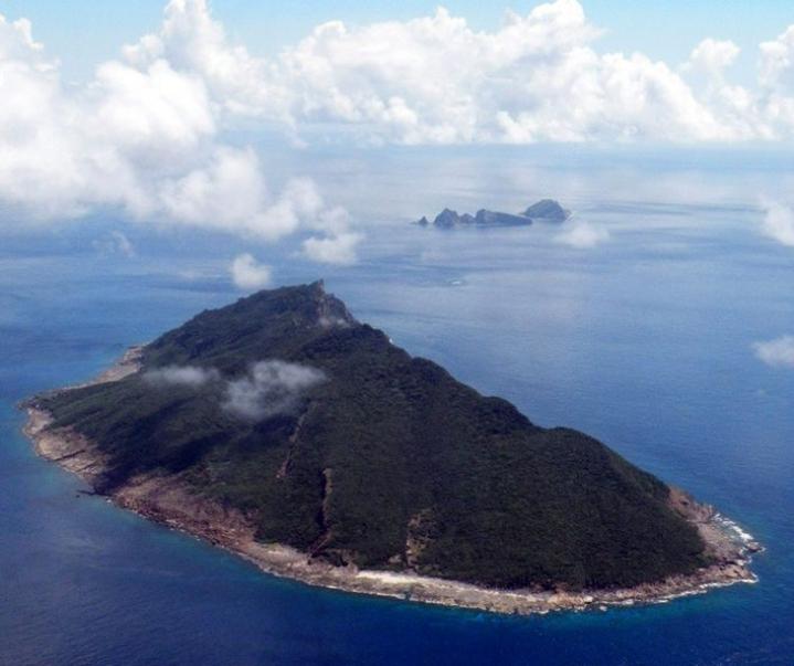 Kiisteltyjä saaria kutsutaan Japanissa Senkakuksi ja Kiinassa Diaoyuksi. LEHTIKUVA/AFP.