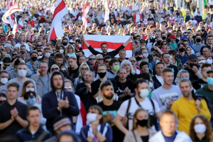 Mielenosoitukset Valko-Venäjän presidentti Aljaksandr Lukashenkaa vastaan jatkuvat. LEHTIKUVA/AFP