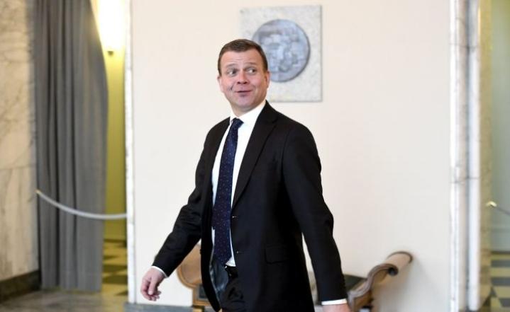 Asiasta kertoi kokoomuksen puheenjohtaja Petteri Orpo eduskuntaryhmän kokouksen jälkeen. LEHTIKUVA / Heikki Saukkomaa