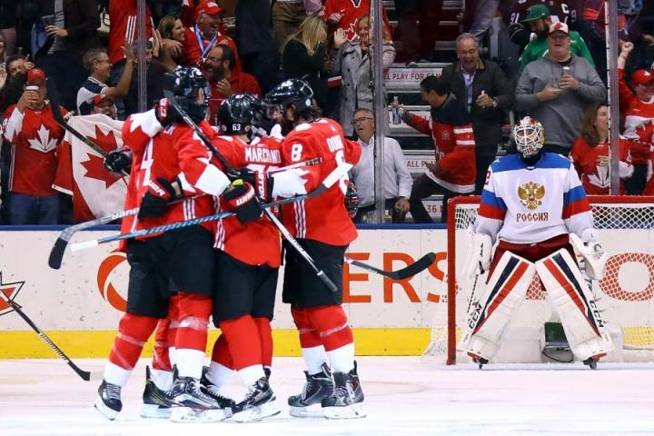 Kanada runnoi Venäjän välierässä. LEHTIKUVA/AFP