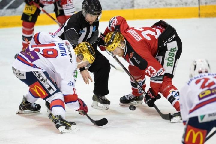 Jokipoikien Saku Kivinen on kiinni sisäisen pistepörssin voitossa ennen päätösottelua Ketterää vastaan, mutta erot ovat niukat.