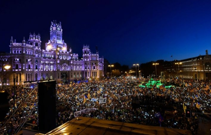 18 000 separatistia kokoontui mielenosoituksiin. LEHTIKUVA/AFP