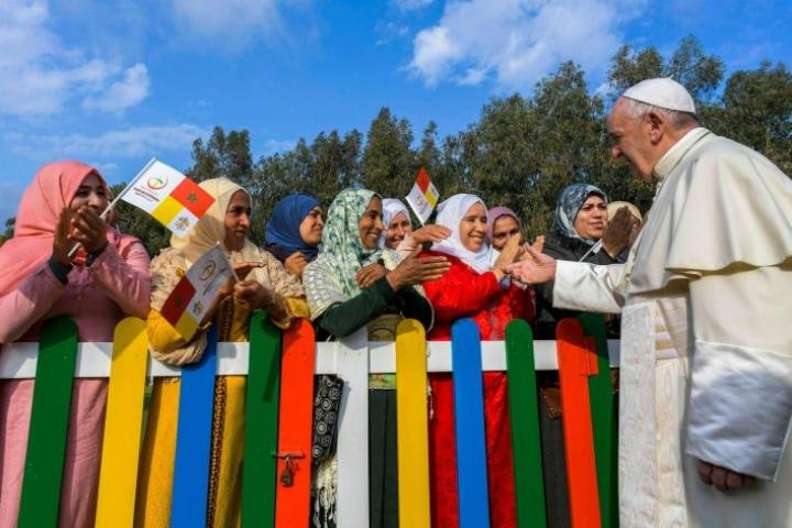 Paavi puhui Marokossa rauhan ja suvaitsevaisuuden puolesta. Lehtikuva / AFP / Vatikaani