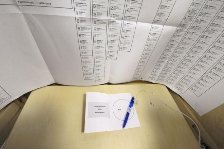 Varsinainen vaalipäivä on ensi sunnuntai. Silloin vaalihuoneistot avautuvat kello yhdeksältä aamulla ja sulkeutuvat kello 20.  LEHTIKUVA / TIMO JAAKONAHO