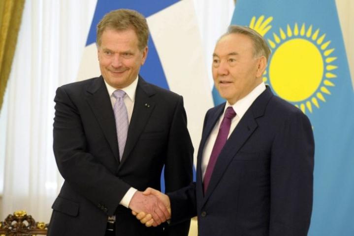 Presidentti Niinistö vieraili Kazakstanissa ja tapasi Nazarbajevin huhtikuussa 2013. Lehtikuva / Jussi Nukari