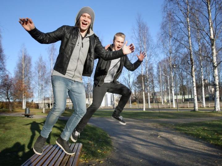 Tuomo Korander ja Tommi Vatanen muodostavat Motionsin.