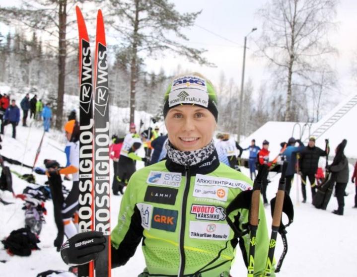 Anni Kainulainen toivoo voivansa haastaa SM-kisoissa myös maajoukkuehiihtäjiä.