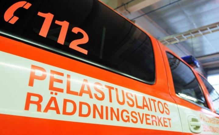 Sammutustöihin osallistui yli kymmenen pelastuslaitoksen yksikköä. LEHTIKUVA / VESA MOILANEN