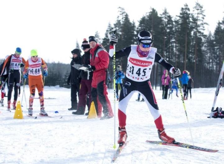 Pauli Vuorma ampaisi matkaan alle 14-vuotiaiden sarjassa. Hän sijoittui viidenneksi kolmen kilometrin matkalla.
