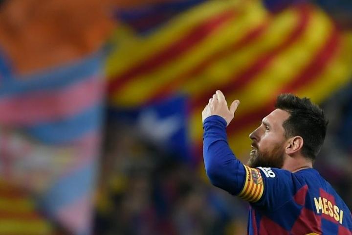 Lionel Messi osallistui keskiviikkona ensimmäistä kertaa Barcelonan uuden päävalmentajan Ronald Koemanin vetämiin joukkueharjoituksiin. LEHTIKUVA / AFP