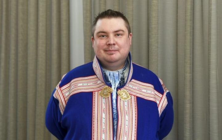 Saamelaiskäräjien puheenjohtaja Tuomas Aslak Juuson mukaan esityksessä näkyy tahto vahvistaa saamelaisten itsemääräämisoikeutta. LEHTIKUVA / VESA MOILANEN