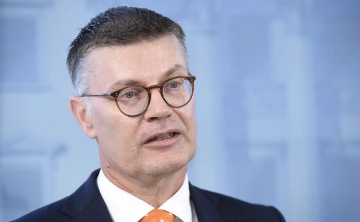 Jan Sassen mukaan kansainvälisten sijoittajien vetäytyminen ei ole vain suomalainen ongelma. LEHTIKUVA / HEIKKI SAUKKOMAA