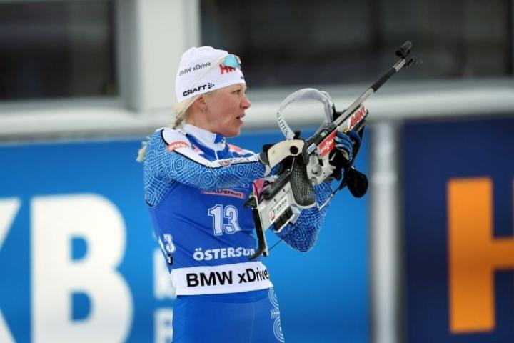 Kaisa Mäkäräinen on myös ensi kaudella mukana ampumahiihdon A-maajoukkueessa. LEHTIKUVA / ANTTI AIMO-KOIVISTO