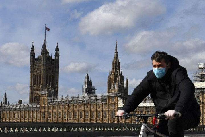 Saarivaltiossa on kuollut koronavirukseen viime tietojen mukaan ainakin 177 ihmistä. LEHTIKUVA/AFP